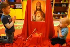 pan-jezus-krolem-nieba-i-ziemi-8