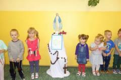 milion-dzieci-modli-sie-na-rozancu-2